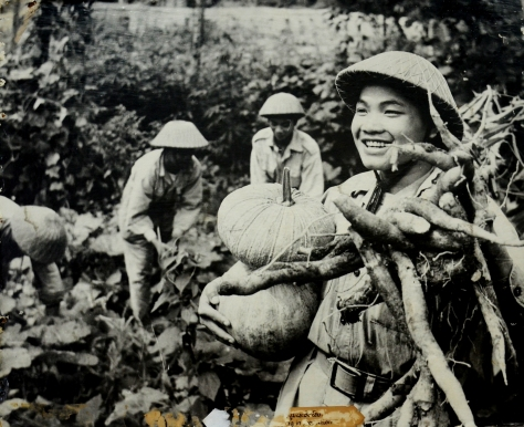 Soldiers of the Lao Free Army engaging in production.