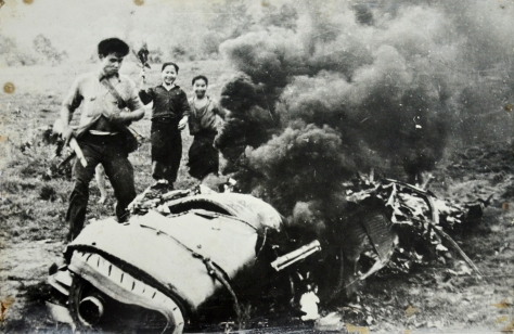 US imperialist 10 fighter bomber 105 D shot down on 11 may 1965 by a militia man of Phang district, Xieng Khouang province named Thit Chantho, 26 years old using a rifle