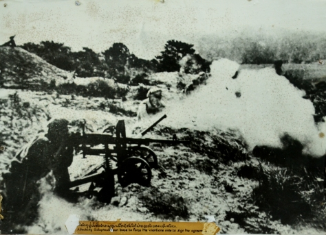 Attacking Salaphoukhoun base to force the vientiane side to sign the agreement